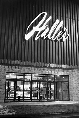 Halle Brothers Co. - Image: Halle's Department Store