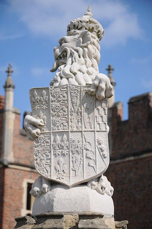 Heraldic beast, Hampton Court-geograph-2588863-by-Philip-Halling