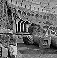 Het Flavisch amfitheater ofwel Colosseum, Bestanddeelnr 191-1227.jpg