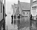 Hoog water in Limburg in diverse dorpen (Urmond), Bestanddeelnr 904-9675.jpg