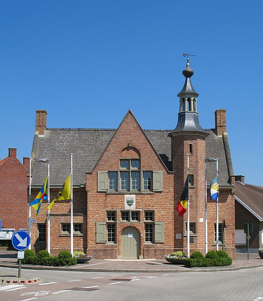 Houthulst (Province of West Flanders, Belgium): town hall
