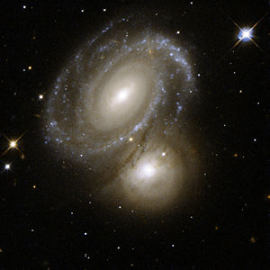Hubble Interacting Galaxy AM 0500-620 (2008-04-24).jpg
