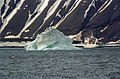 Iceberg-hornsund1 (js).jpg