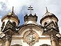 Igreja de São Francisco de Assis - frontão.jpg