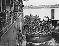 Indian troops embark for Kilwa October 1917.jpg