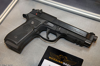 Beretta 92 type of semi-automatic pistol