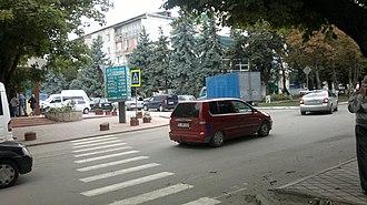 Edineț - Image: Intersecție în centrul orașului Edineț