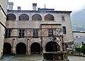 Issogne Castello d'Issogne Innenhof 1.jpg