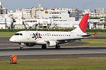 J-Air, ERJ-170, JA212J (17167261609).jpg