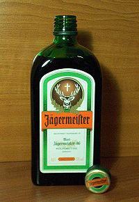 200px-Jagermeister_bottle.jpg (200×290)
