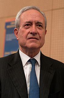 Jean Tiberi French politician