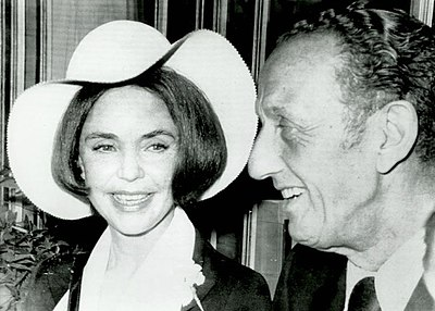 Jones with husband Norton Simon after their marriage, May 1971 Jennifer Jones and Norton Simon (1971).jpg