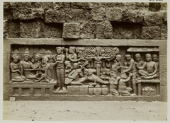 KITLV 28028 - Kassian Céphas - Relief of the hidden base of Borobudur - 1890-1891.tif