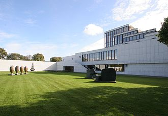 KUNSTEN Museum of Modern Art Aalborg - The museum and sculpture garden