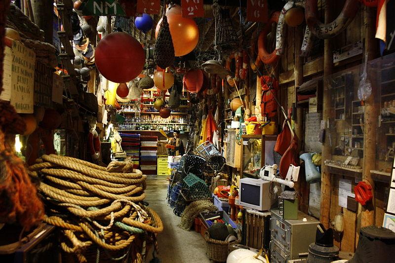 File:Kaap Skil gejutte voorwerpen.JPG