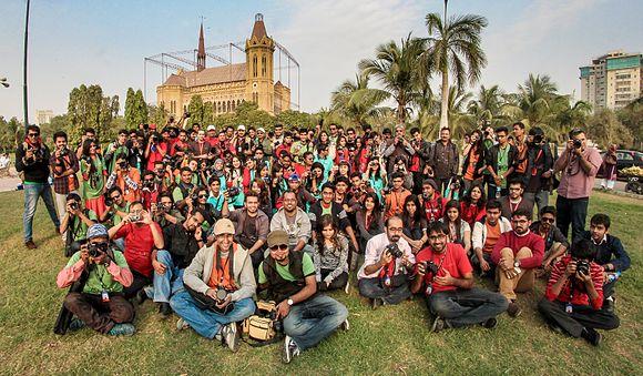Karachi Walkers (cropped).jpg