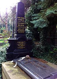 Karel Jaromír Erben hrob.JPG