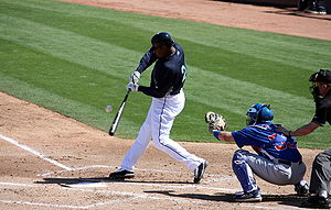 English: Ken Griffey Jr. Bats against the Cubs...