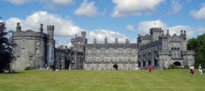 Kilkenny Castle cropped version.jpg