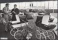 Koninklijk huis, kinderwagens, beurzen, Riemersma kinderwagenfabriek, Utrecht, Bestanddeelnr 018-0236.jpg