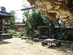 Korea-Andong-Hahoe.Village-02.jpg