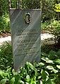 Kostochkin family grave.jpg