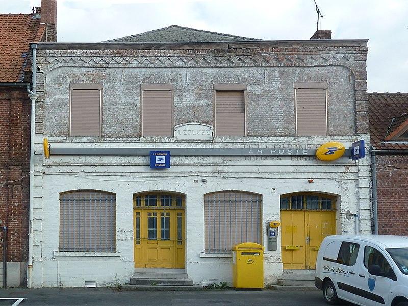 Le bureau de poste   Lécluse,  Nord.- (Nord-Pas-de-Calais).-  France