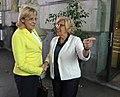 La alcaldesa se reúne con la comisaria europea de Política Regional (01).jpg