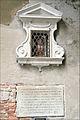 Labandon abusif denfants (Venise) (6178516749).jpg