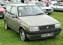 https://upload.wikimedia.org/wikipedia/commons/thumb/b/bc/Lancia_Y10_LX.jpg/220px-Lancia_Y10_LX.jpg