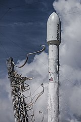 Launch of Falcon 9 carrying ORBCOMM OG2-M1 (16602895139).jpg