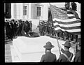 Laying wreath on the Tomb of the Unknown soldier, Arlington National Cemetery, Arlington, Virginia LCCN2016891768.jpg