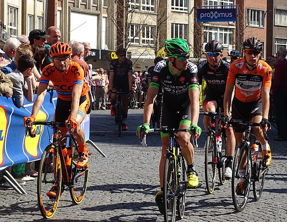Leuven - Brabantse Pijl, 15 april 2015, vertrek (C12).JPG