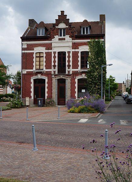 L'ancienne mairie, de Lezennes Nord (département français).