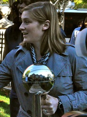 Lindsay Whalen - Whalen greeted by the governor of Minnesota in 2011