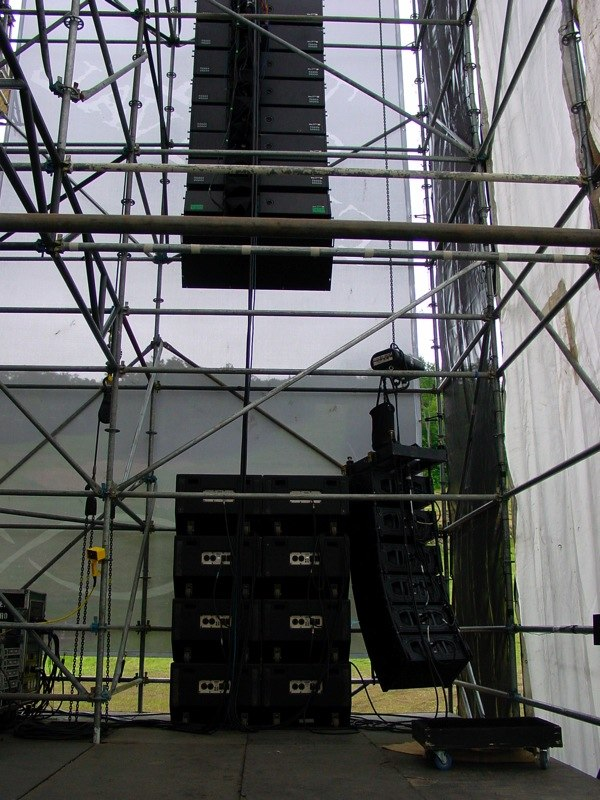 Line Array and Subs