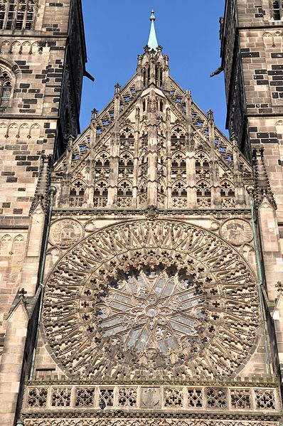 File:Lorenzkirche (Nürnberg).jpg