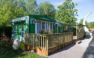 Gulliver's Land - Lost World Cabin