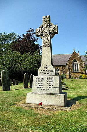 Ludford, Lincolnshire - War memorial at Ludford