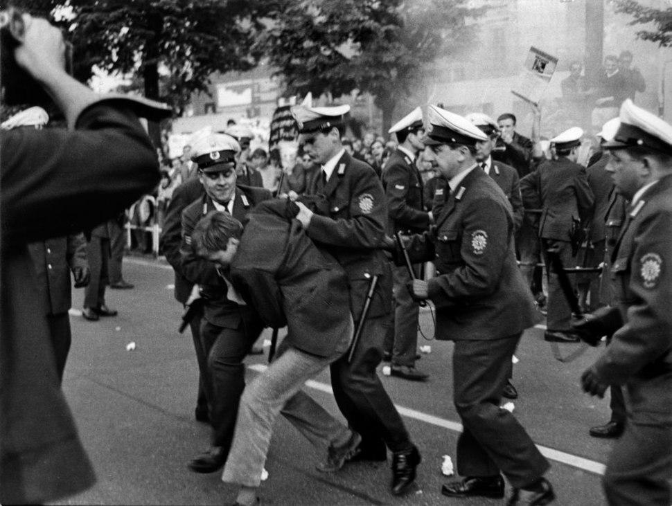 Ludwig Binder Haus der Geschichte Studentenrevolte 1968 2001 03 0275.0148 (17076461192)