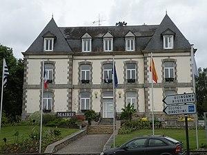 Mûr-de-Bretagne - The town hall of Mûr-de-Bretagne