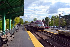 Melrose Highlands (MBTA station) - An inbound train at Melrose Highlands in 2012
