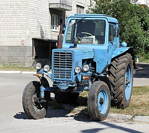 Tractor, timber and agricultural machinery in the Soviet Union - Belarusian MTZ-80 (1974-present)