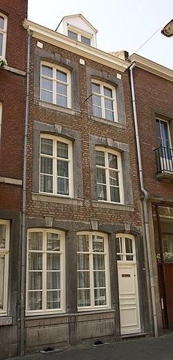 Maastricht - rijksmonument 26945 - Capucijnenstraat 108 20100710.jpg