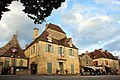 Main square Domme with some dining tourists at 30 May 2015 - panoramio.jpg