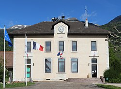 Mairie Échenevex 6.jpg
