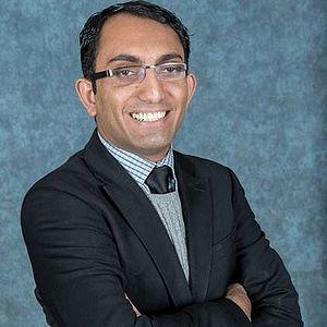 Malik Siraj Akbar - Malik Siraj Akbar