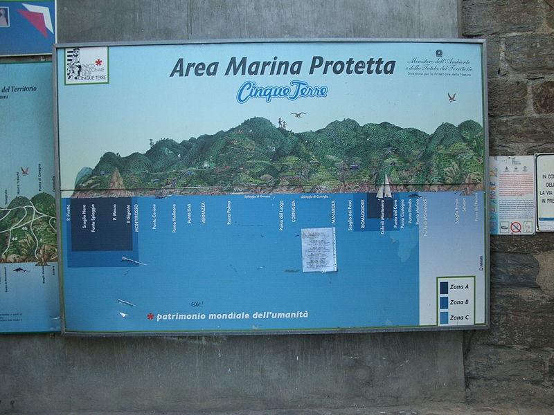 File:Manarola-DSCF9128.JPG