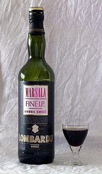 Una bottiglia di vino Marsala.