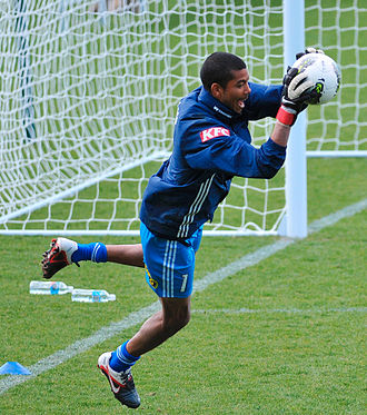 Tando Velaphi - Velaphi training with Melbourne Victory in 2011